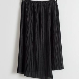 NWT & Other Stories Black Pleated Midi Skirt